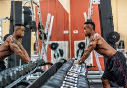 Praca nad muskulaturą wymaga diety